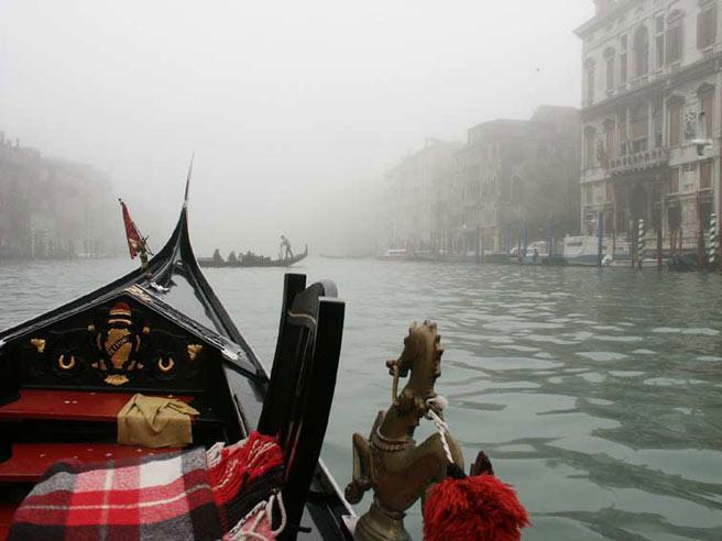 Venise dans la brume