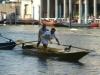 Course des gondoliers à la régate historique de Venise