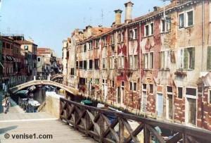 castello Ponte di quintavalle
