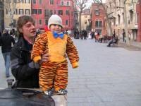 Les enfants au carnaval de Venise