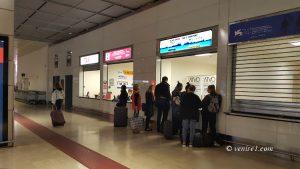 guichets Alilaguna à l'aéroport Marco Polo de Venise
