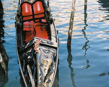 Gondole la Venise romantique