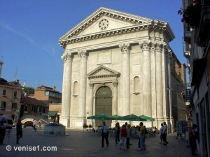 Campo San Barnaba à Venise
