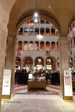 Fondaco dei Tedeschi à Venise
