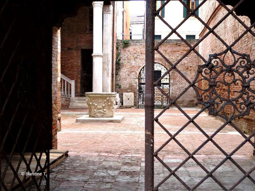 Photo de fer forgé au Palais Morosini à Venise