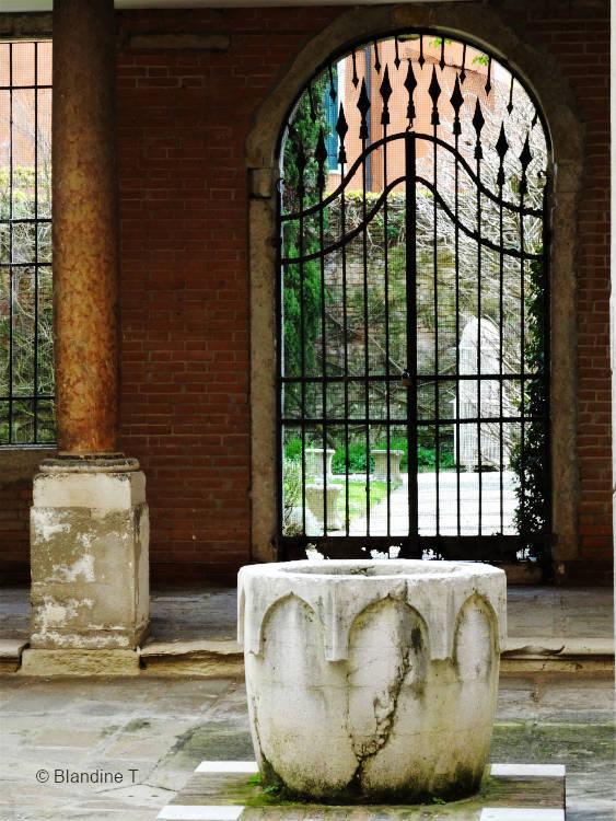 Photo de fer forgé au palais Gradenigo à Venise