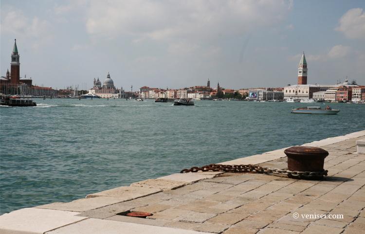 Tourisme de masse ou tourisme à Venise